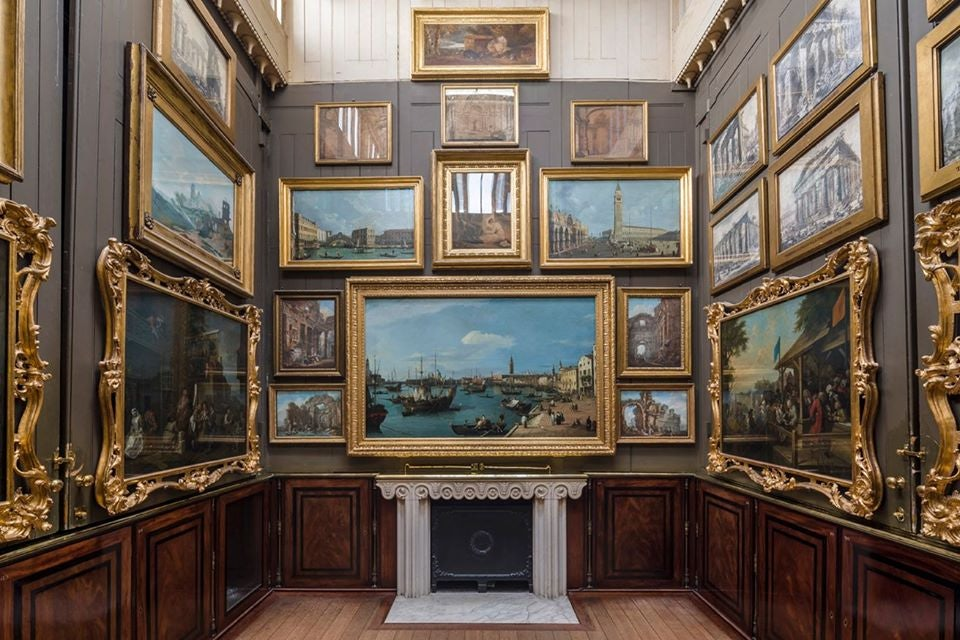 room with paintings at the Sir Joane's Museum
