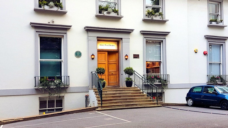 facade of Abbey Road Studios in London