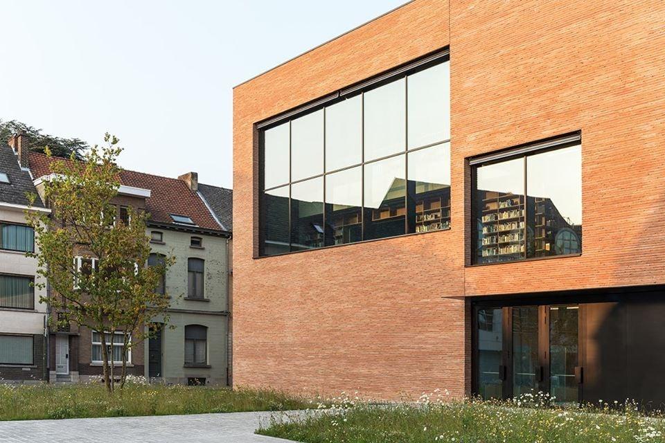 exterior of Utopia library in Aalst