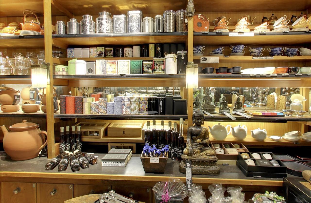 shop interior of Jäger Tee Vienna