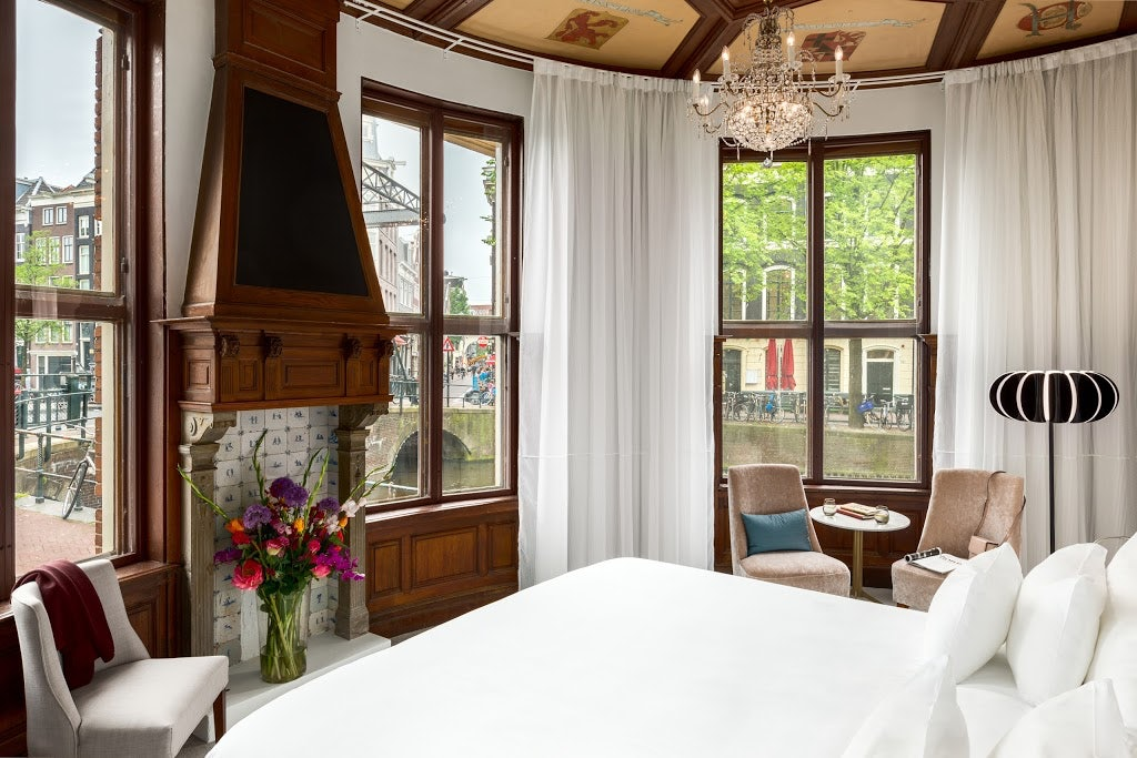 room interior of Doelen Hotel with view on the canals