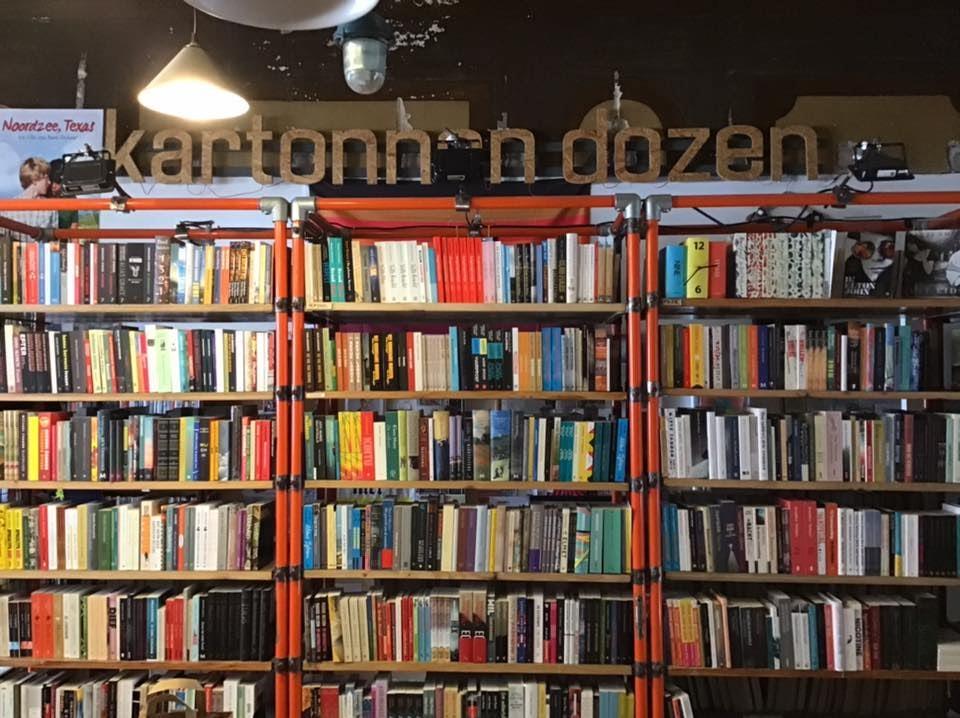 Antwerp - Kartonnen Dozen bookshop