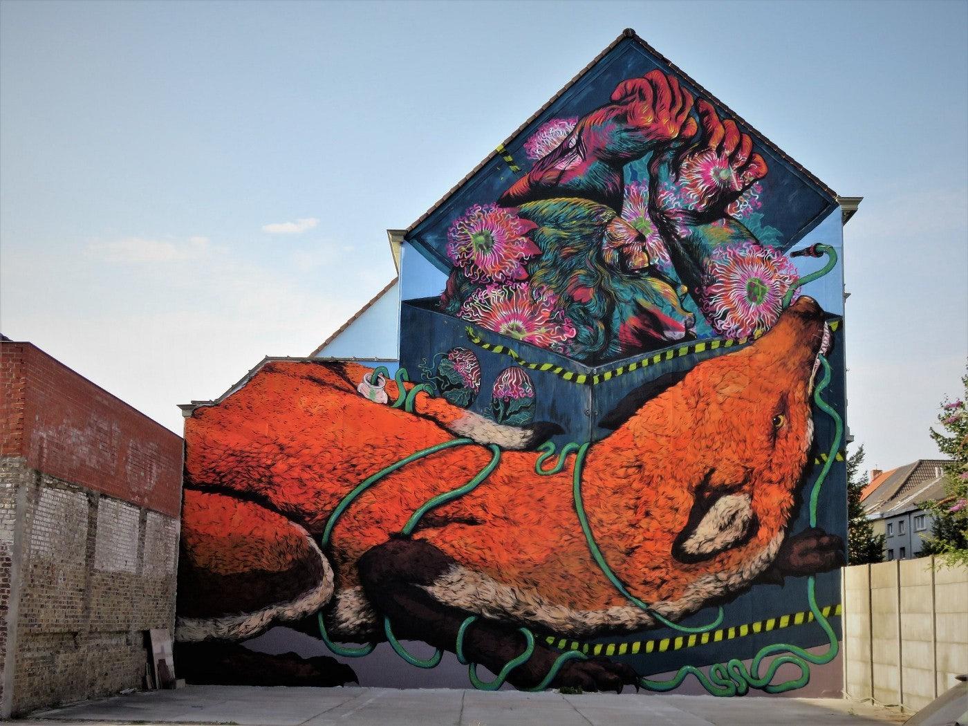 Ghent - Erica II Cane & Bastardilla street art mural of a fox