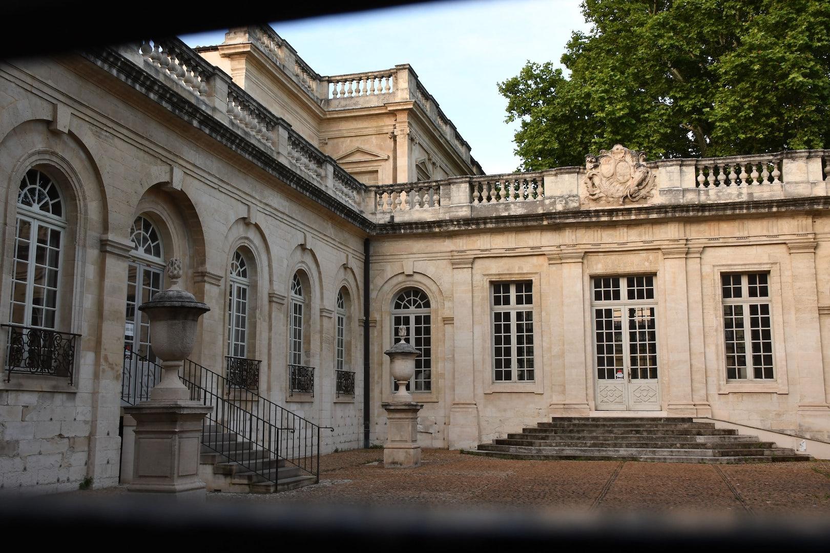 exterior of the Musée Calvet in Avignon