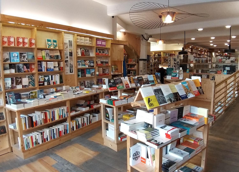 bookshop interior of Librairie Actes Sud au Méjan