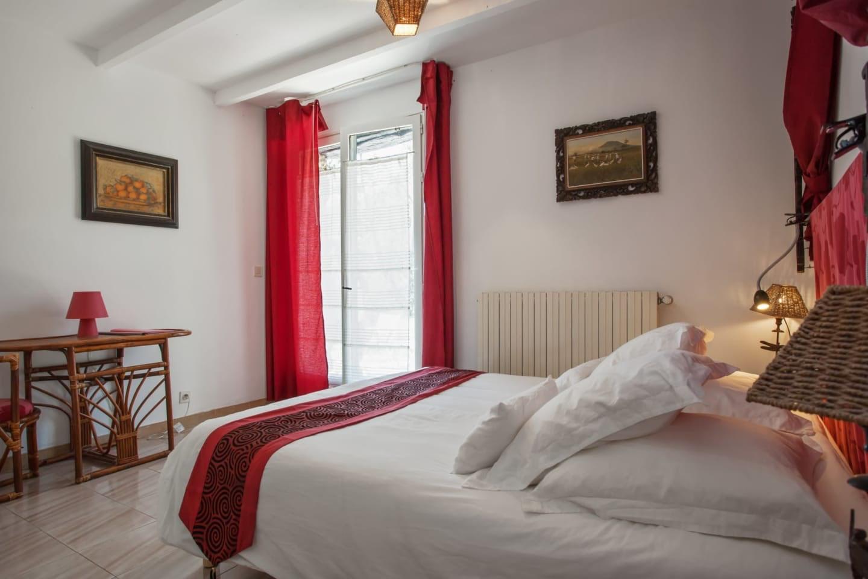 room interior at La Cascade hotel in Courmes