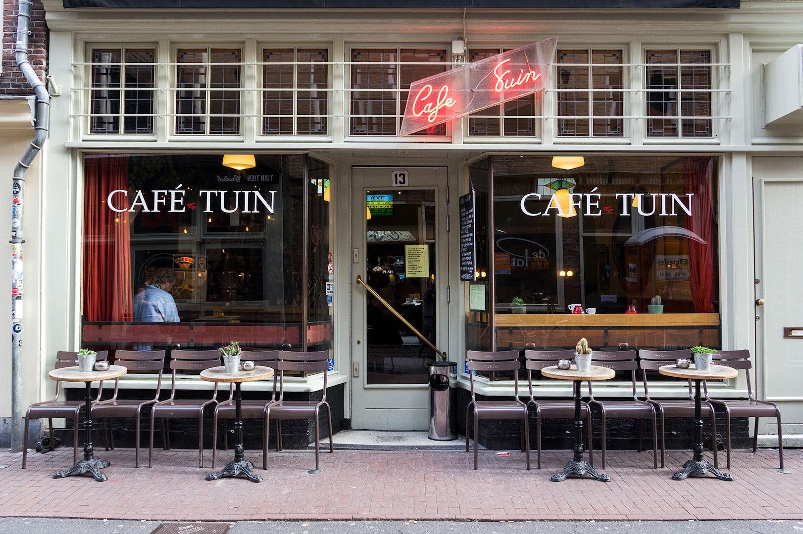 window front of the De Tuin in Amsterdam